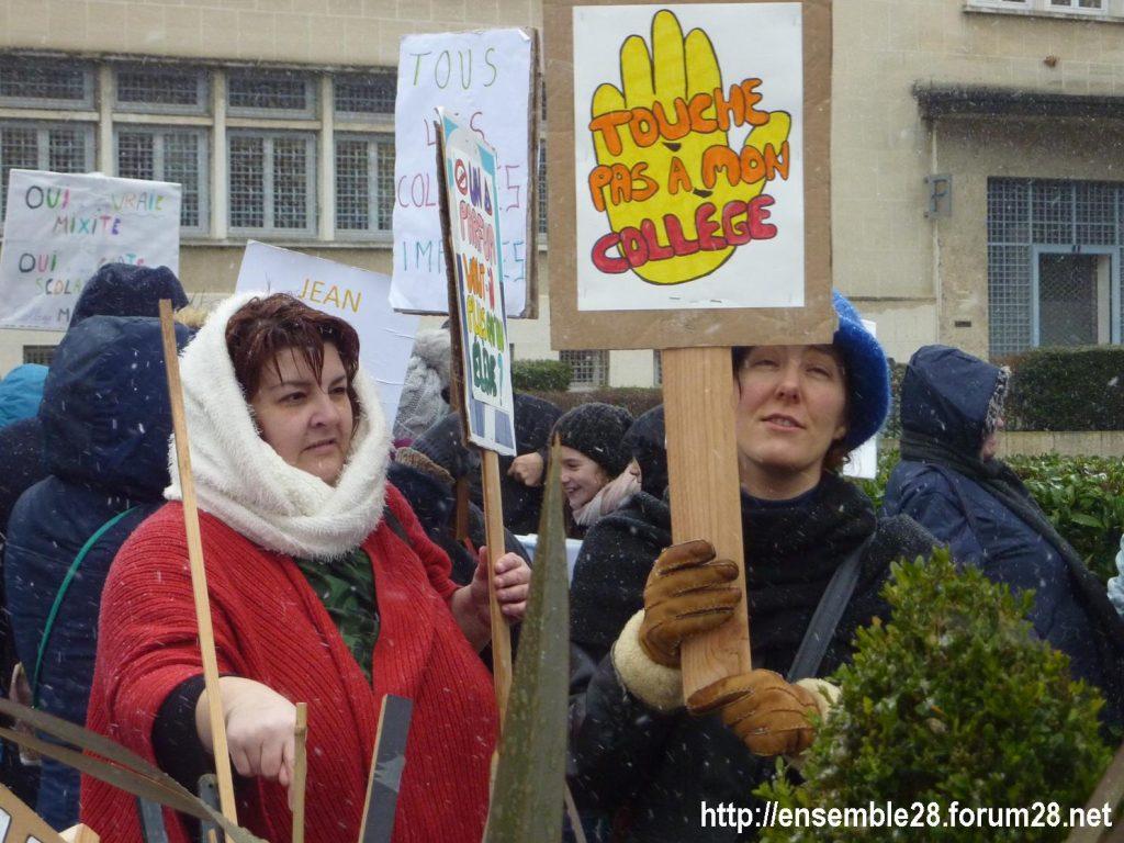 Chartres 13-02-2018 Rassemblement Fermeture Collège Jean-Moulin 01