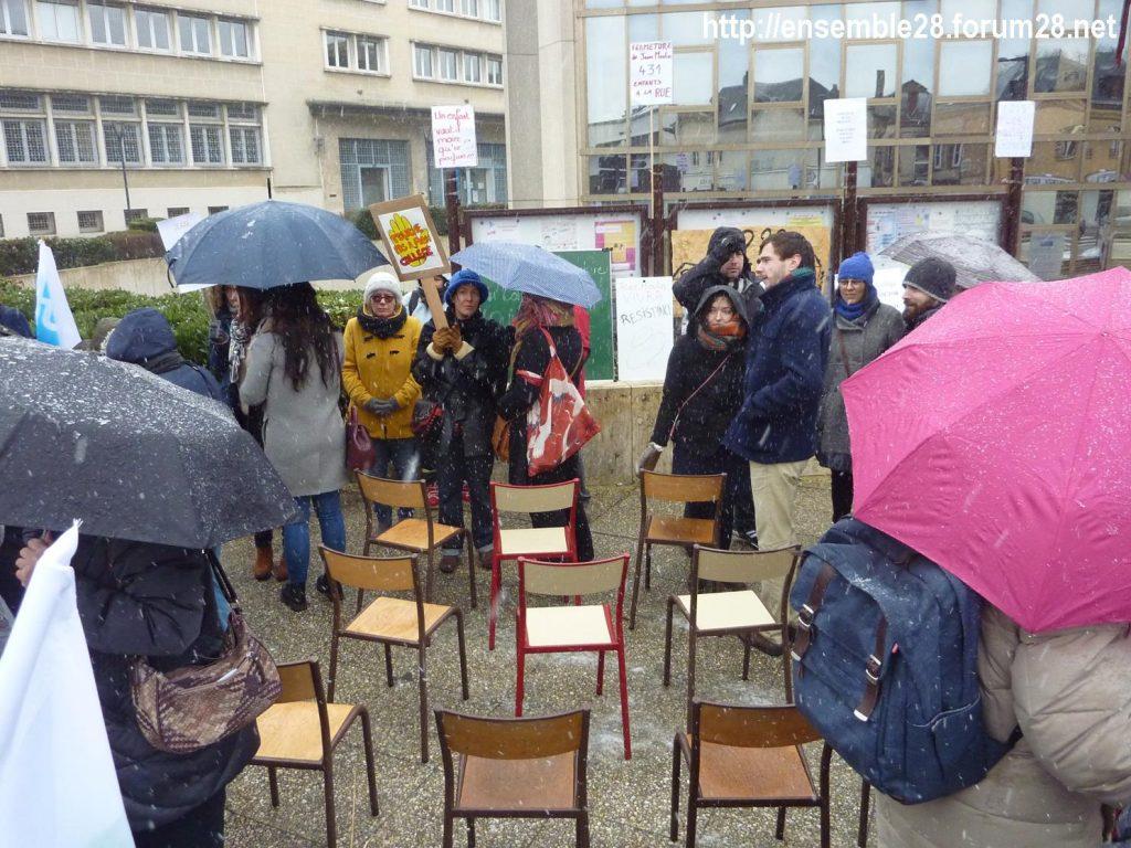 Chartres 13-02-2018 Rassemblement Fermeture Collège Jean-Moulin 05