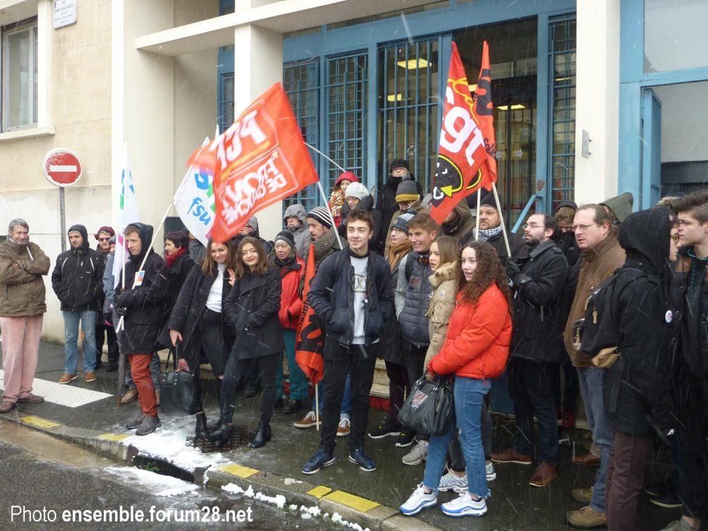 Chartres Rassemblement Grève Lycées Collèges 06-02-2018 SNES CGT SUD SGL 5
