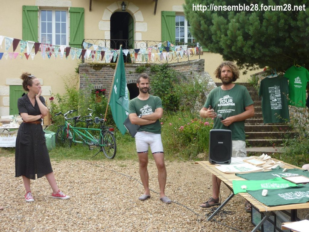 12-07-2018 St-Victor-de-Buthon Tour Alternatiba 04 Mutinerie-Village