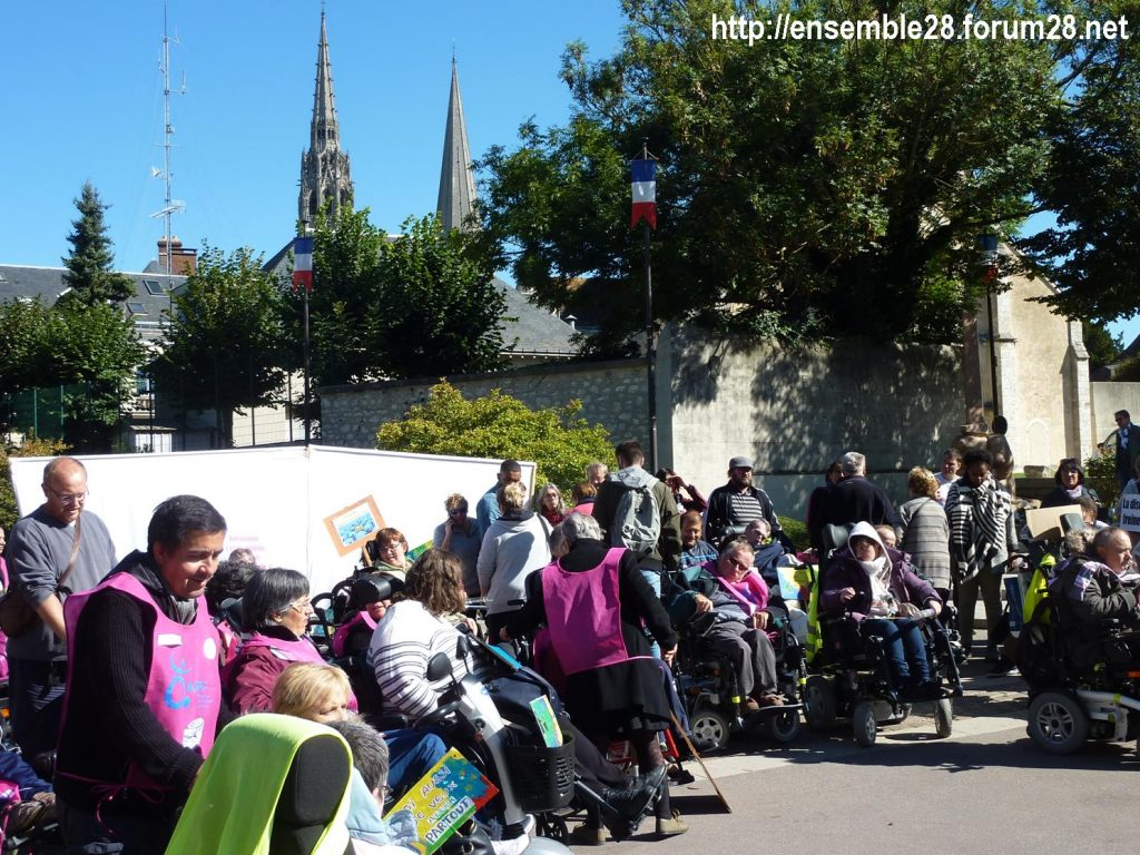 Chartres 26-09-2018 manifestation APF-France-Handicap Accessibilité 09