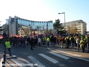 Chartres 14-12-2018 Manifestation CGT FO FSU Solidaires Gilets-Jaunes 03