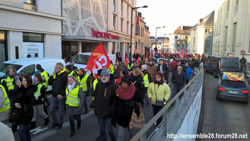 Chartres 14-12-2018 Manifestation CGT FO FSU Solidaires Gilets-Jaunes 11