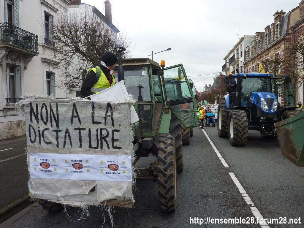 Chartres 12-01-2019 Manifestation Gilets-Jaunes 01