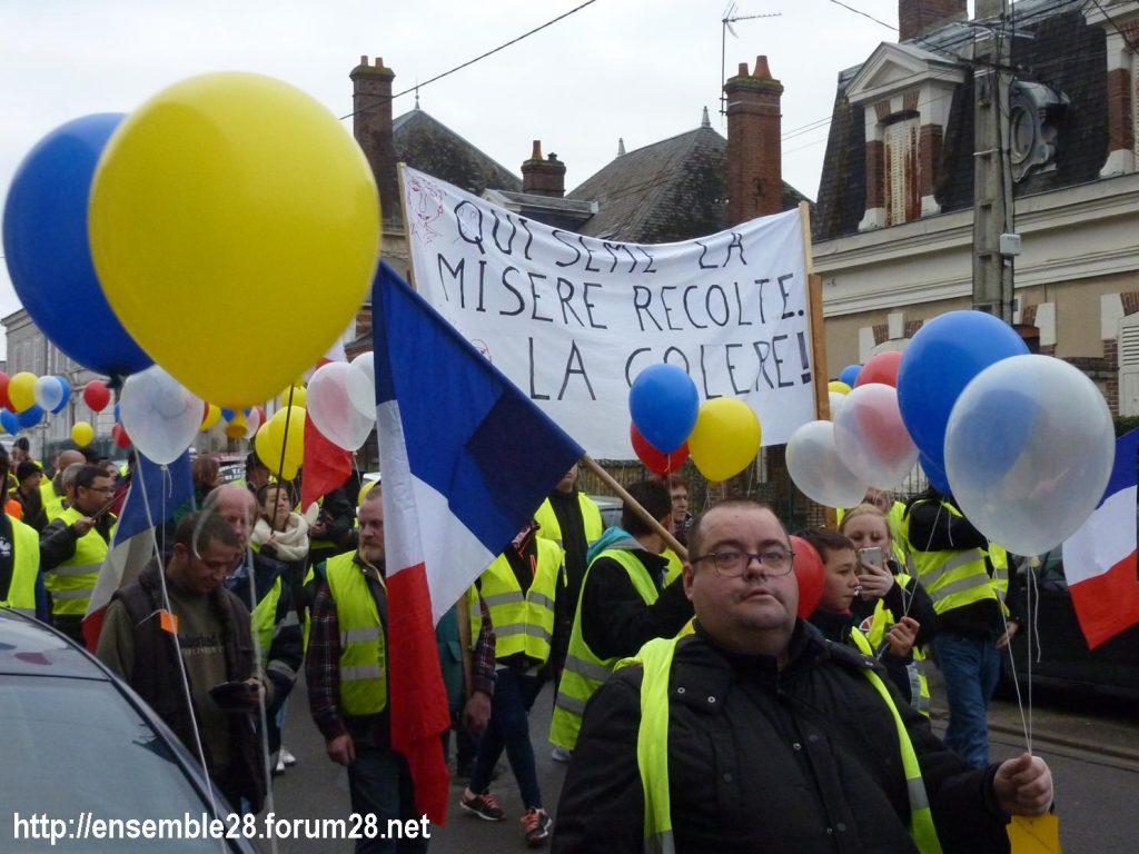 Gilets Jaunes 12-01-2019 Marche Nogent-le-Rotrou 01