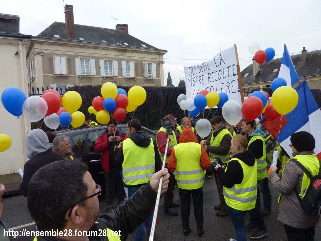 Gilets Jaunes 12-01-2019 Marche Nogent-le-Rotrou 04