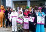 Chartres 05-02-2019 Agents des impôts Solidaires déguisés devant l'hôtel des finances