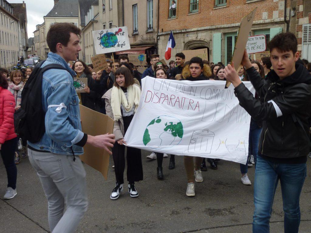 Chartres 15-03-2019 Manifestation Lycéens pour le Climat 00