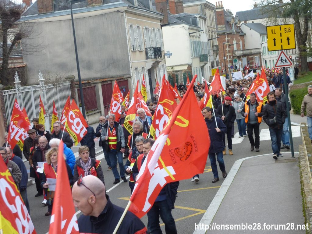Chartres 19-03-2019 Manifestation Public-Privé CGT FO FSU Solidaires 24
