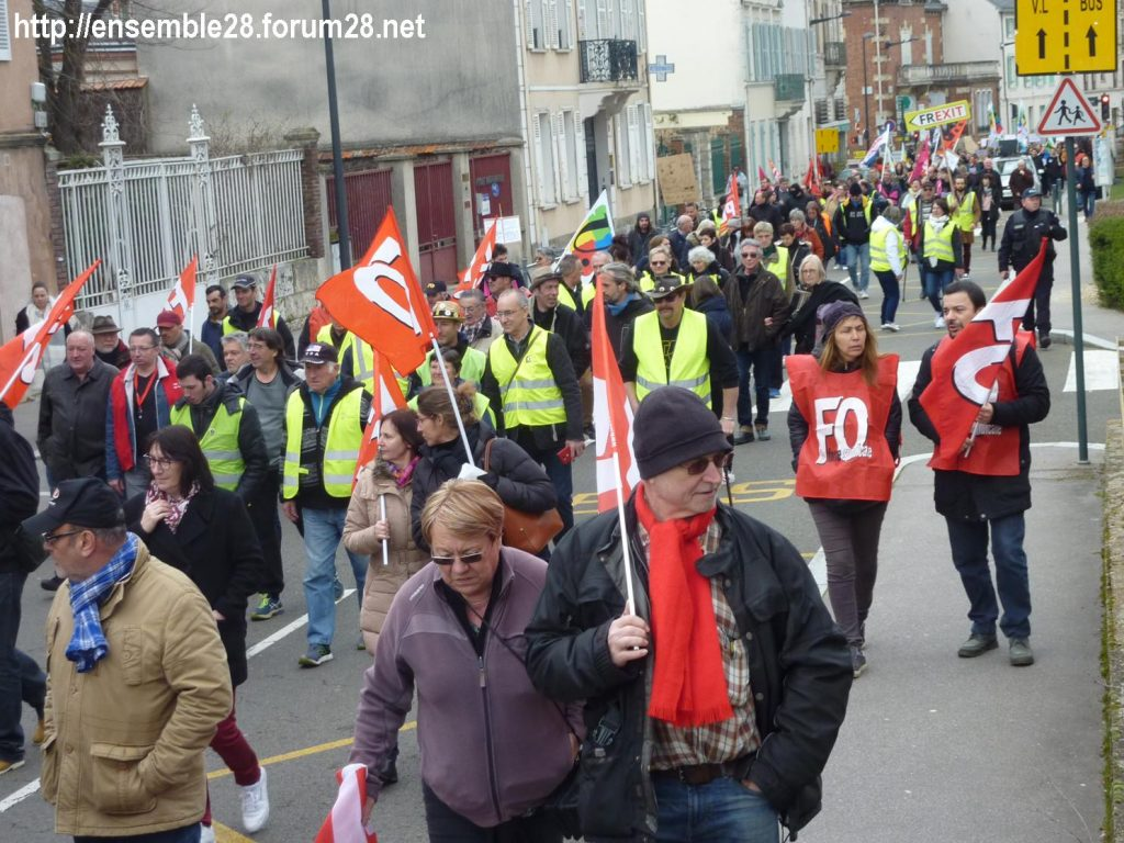 Chartres 19-03-2019 Manifestation Public-Privé CGT FO FSU Solidaires 26