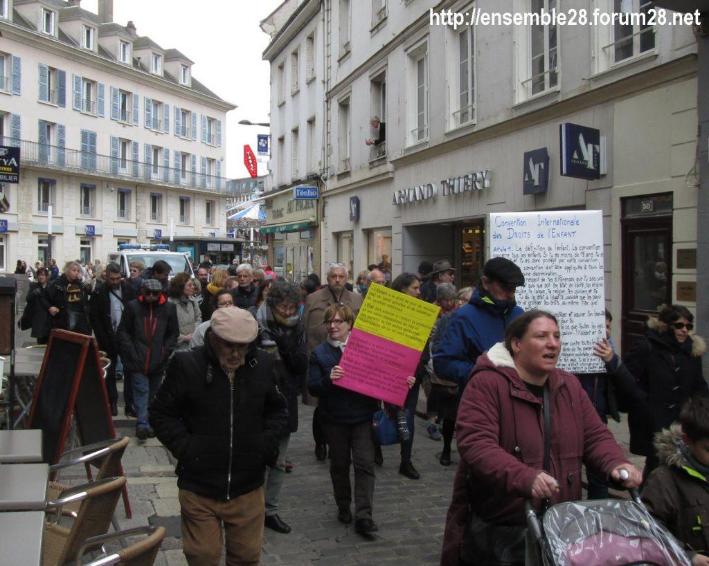 Chartres 03-04-2019 Manifestation AERéSP28 Mineurs-isolés-étrangers MIE MNA 02