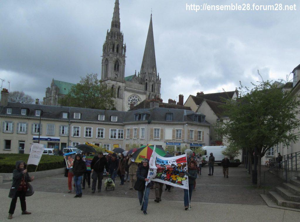 Chartres 03-04-2019 Manifestation AERéSP28 Mineurs-isolés-étrangers MIE MNA 03