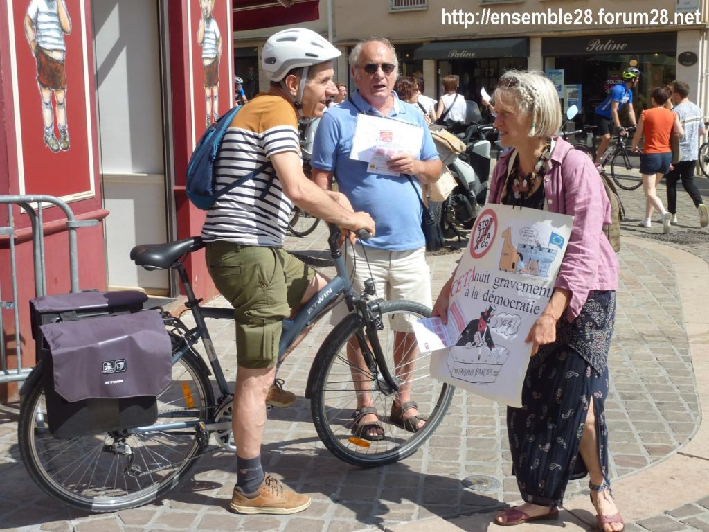 Chartres 13-07-2019 Tractage Stop-TAFTA28 contre le CETA 4