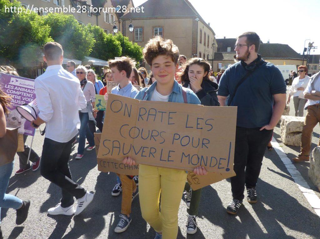 20-09-2019 Chartres Manifestation Climat Lycéens 08