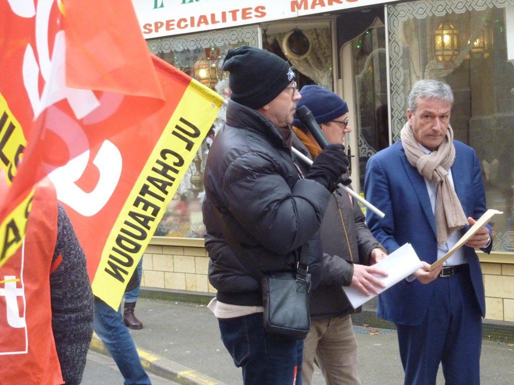 Châteaudun 05-12-2019 Manifestation Retraites Député Vigier