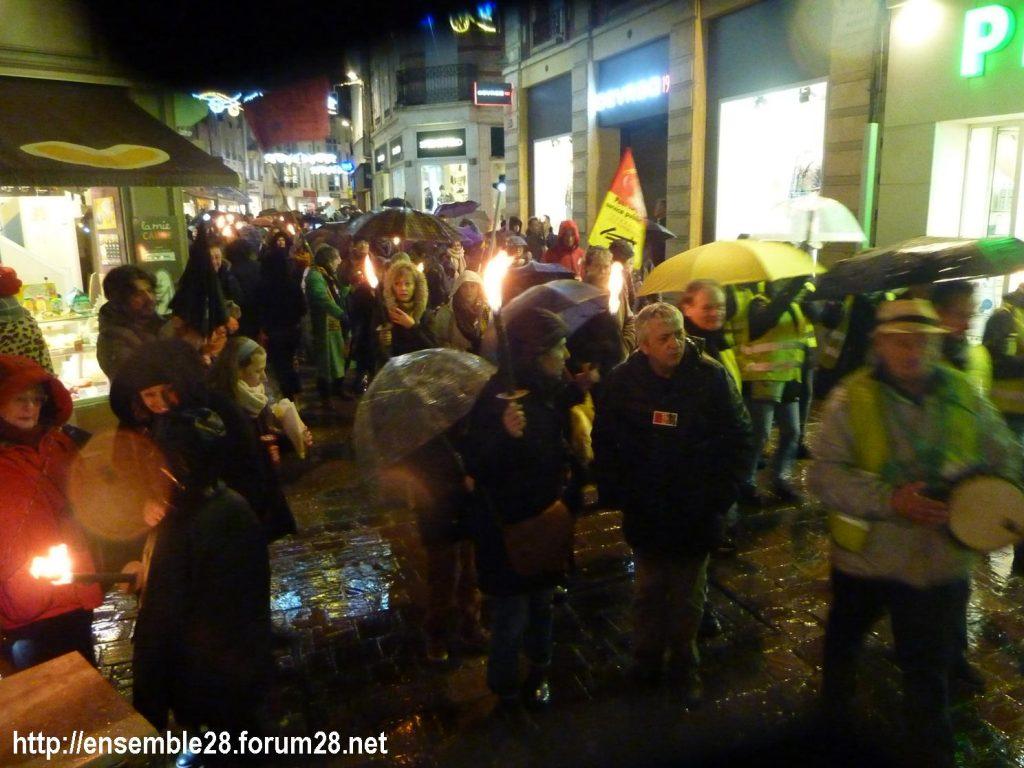 Chartres 21-12-2019 Manifestation Nos-Retraites-aux-flambeaux 10