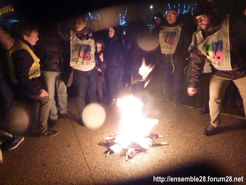 Chartres 21-12-2019 Manifestation Nos-Retraites-aux-flambeaux 12