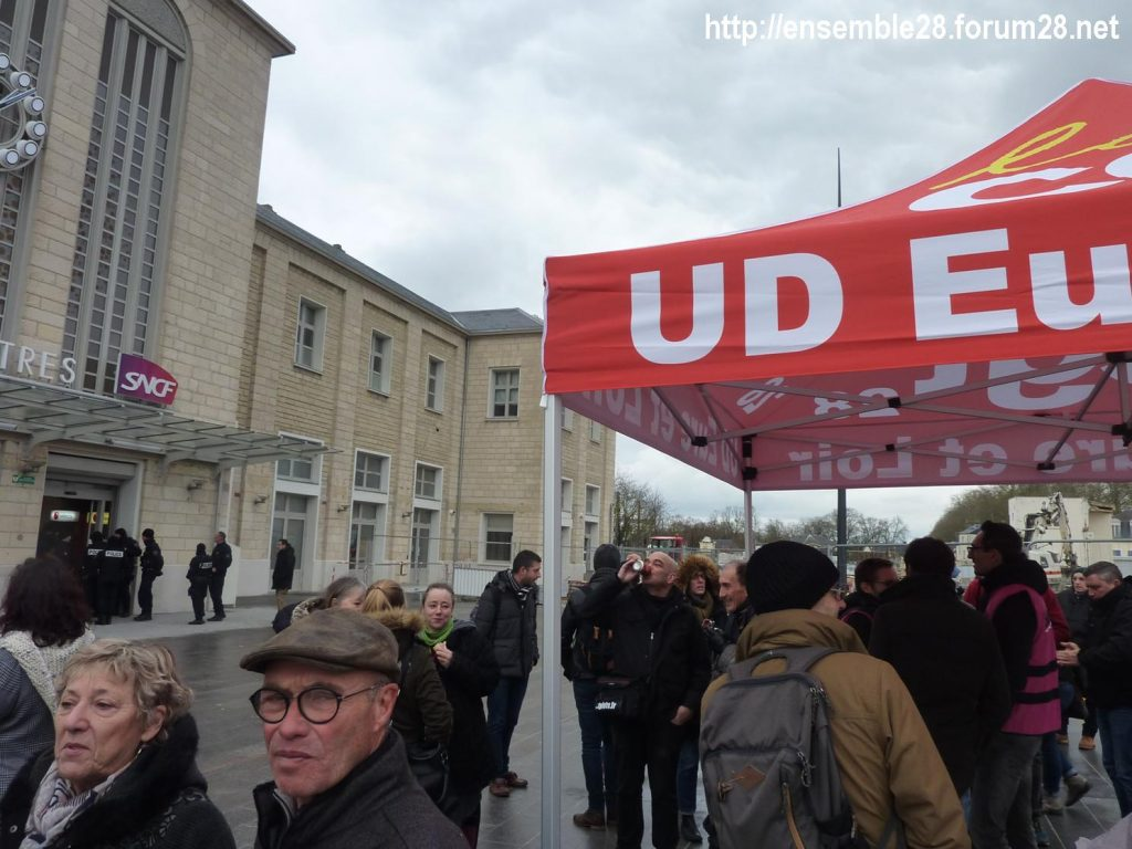 Chartres 09-01-2020 Retraites Pique-nique de soutien aux cheminots grévistes 4