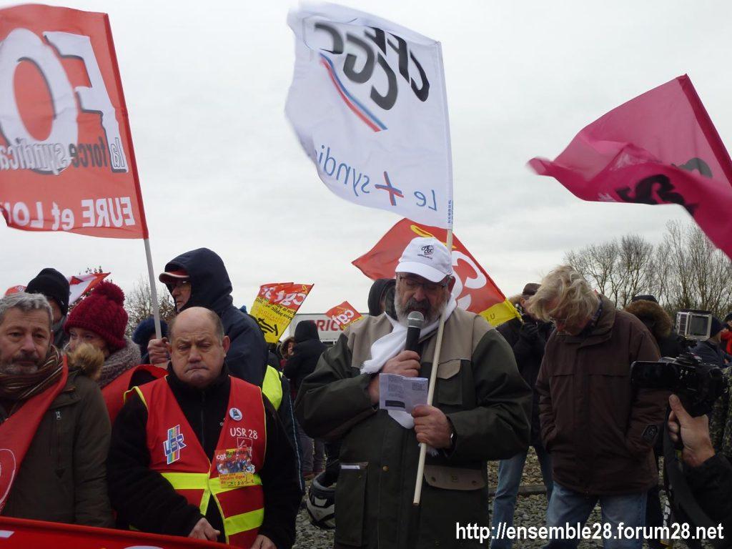 Chartres 14-01-2020 Manifestation Retraites Rond-point MEDEF 04