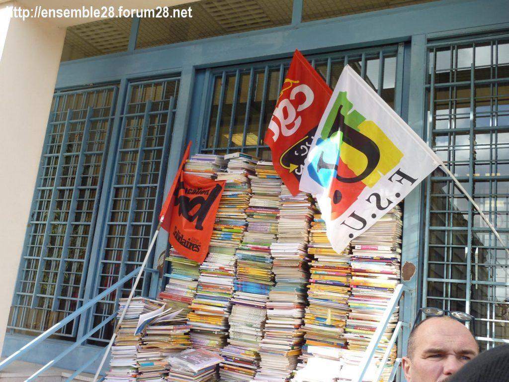 Chartres 29-01-2020 Rassemblement Éducation Des manuels pour Jean-Michel 08