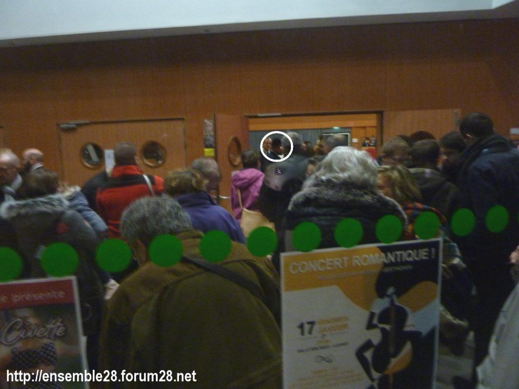 Luisant 09-01-2020 Voeux LREM Kasbarian Manifestants Retraites 02