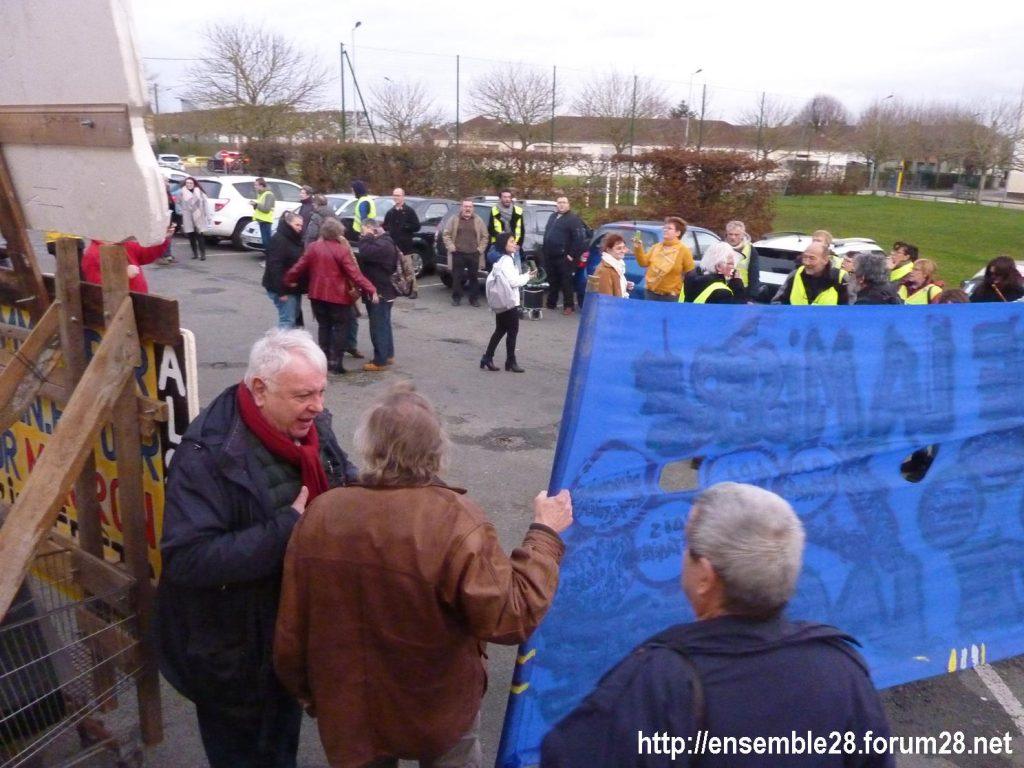 Dreux 01-02-2020 Manifestation Gilets Jaunes et Débat Retraites 06