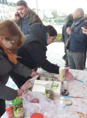 22 février : Marche pour le Retrait / Pique-nique solidaire devant la Gare de Chartres à 12 h. @ CHARTRES - devant la Gare