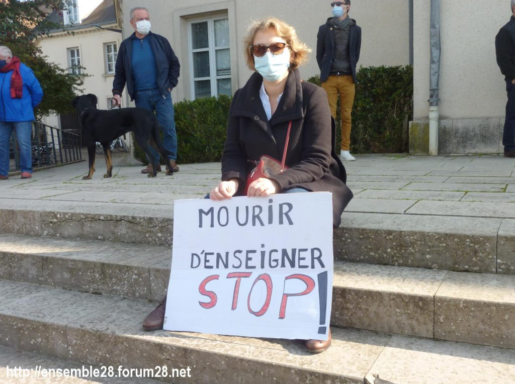 18-10-2020 Chartres Rassemblement Hommage Samuel Paty 07
