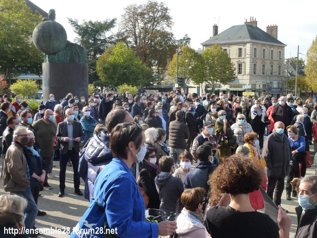 18-10-2020 Chartres Rassemblement Hommage Samuel Paty 10