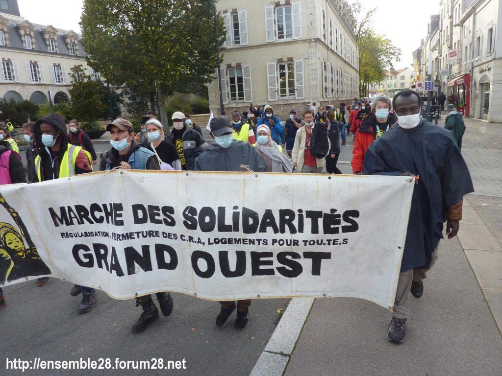 2020-10-13 Marche des Sans-Papiers Chartres 04