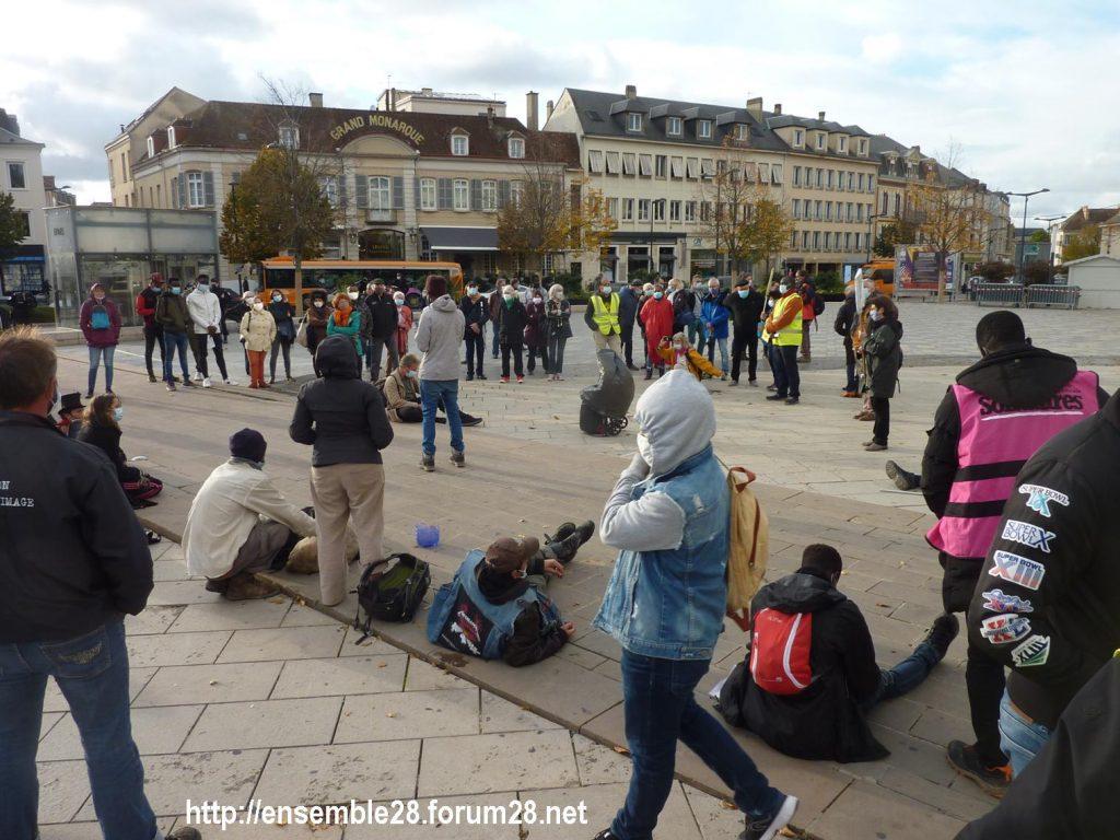 2020-10-13 Marche des Sans-Papiers Chartres 08