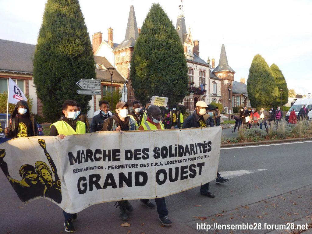 2020-10-13 Marche des Sans-Papiers Chartres 13