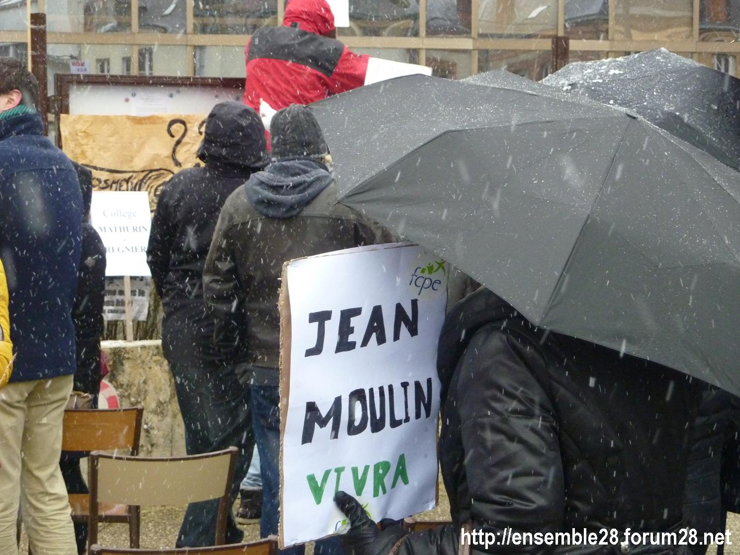 Chartres 13-02-2018 Rassemblement Fermeture Collège Jean-Moulin 02