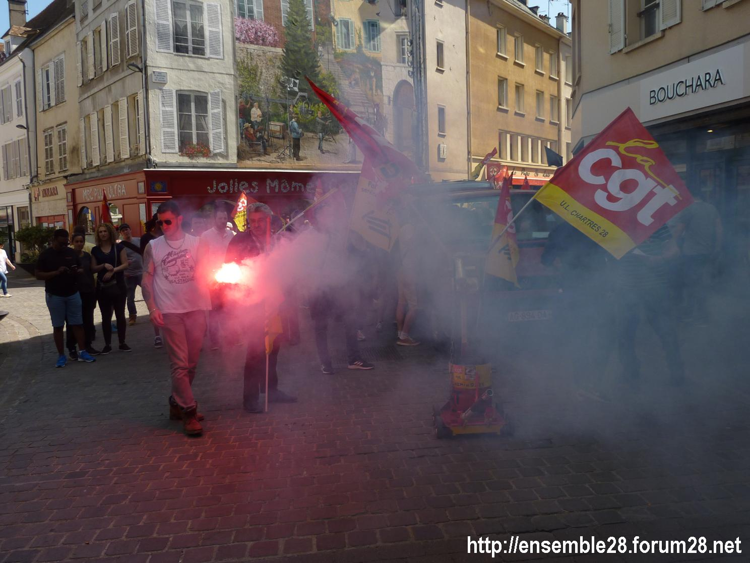 19-04-2018 Chartres Manifestation Interprofessionnelle CGT Solidaires SNES-FSU n°05