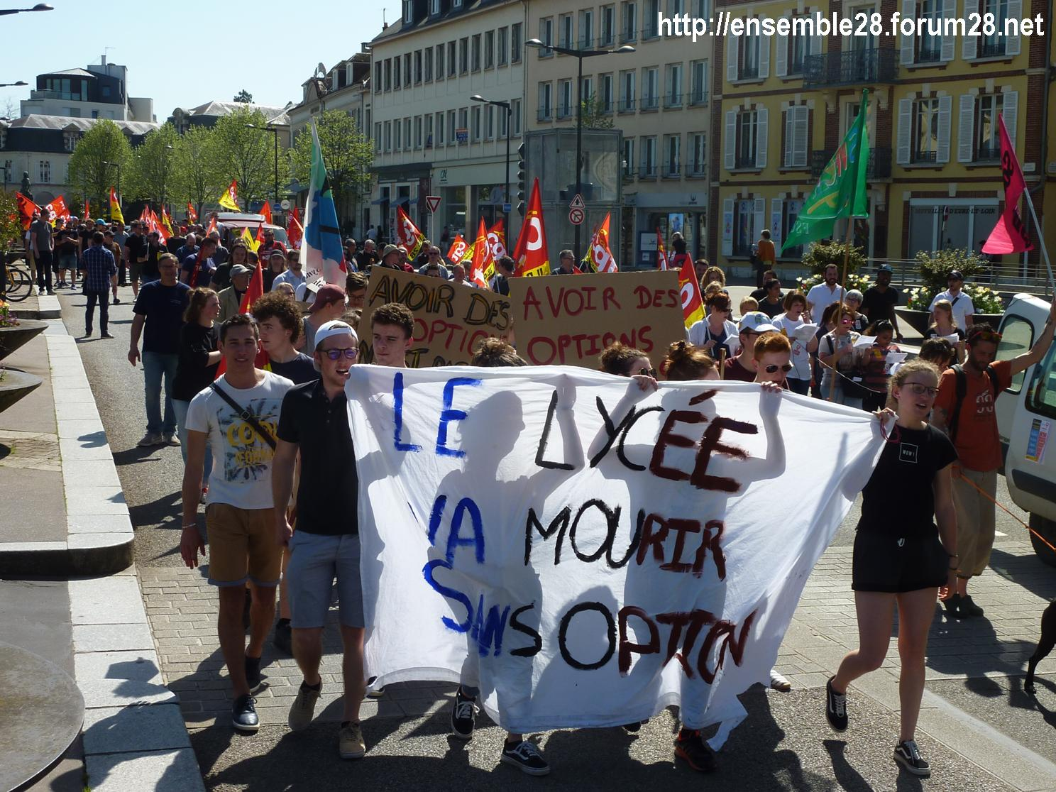 19-04-2018 Chartres Manifestation Interprofessionnelle CGT Solidaires SNES-FSU n°08
