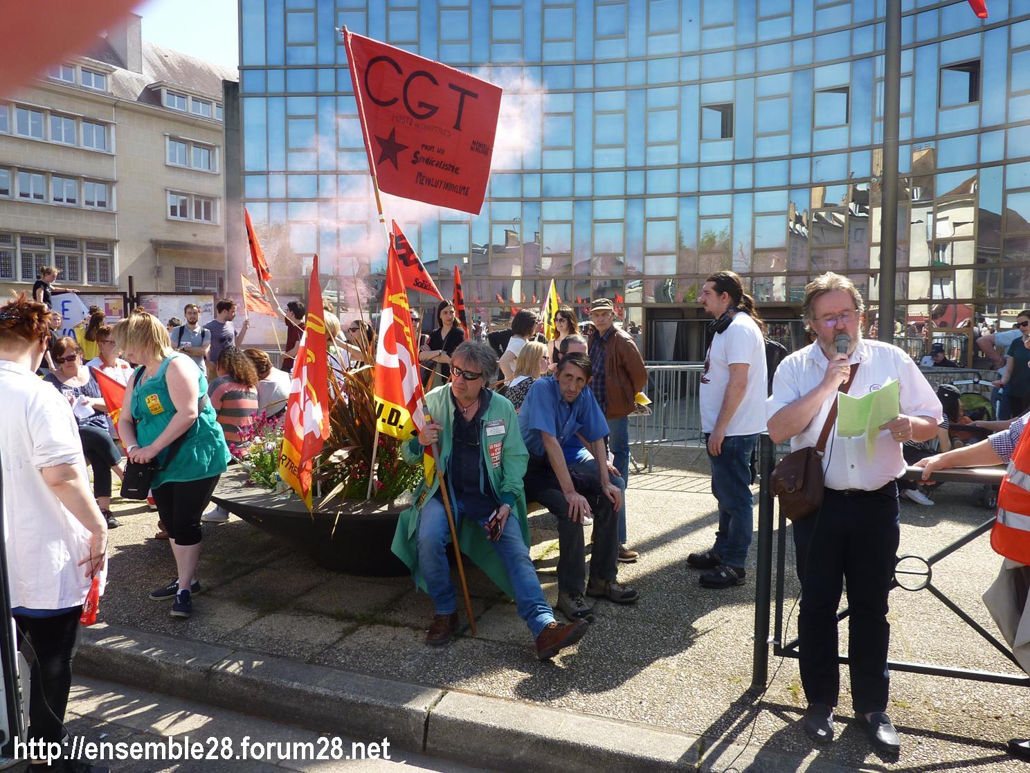 19-04-2018 Chartres Manifestation Interprofessionnelle CGT Solidaires SNES-FSU n°17