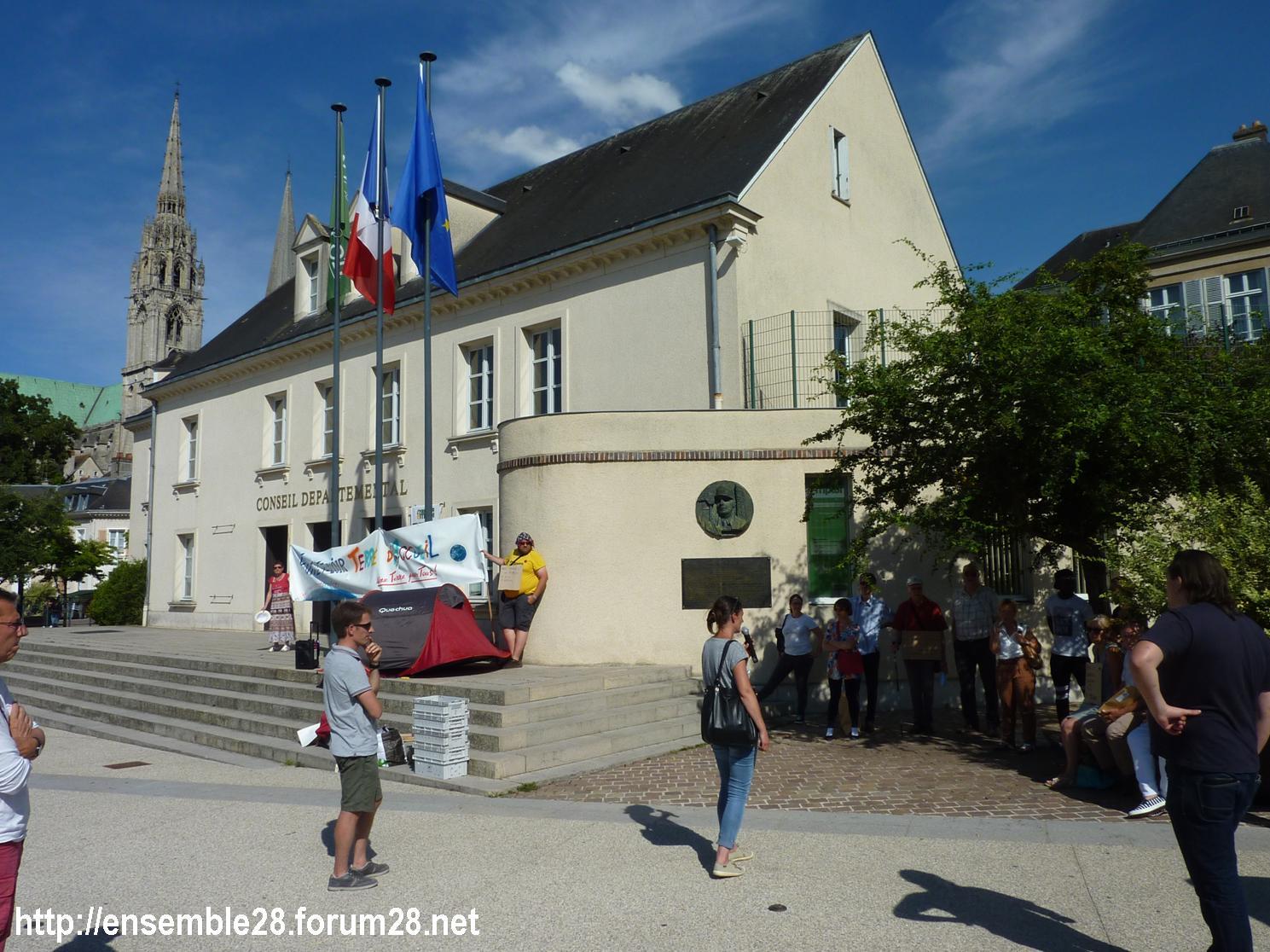 Chartres 04-07-2018 Rassemblement CRSP28 E&L-Terre-d'Accueil Conseil-départemental 03