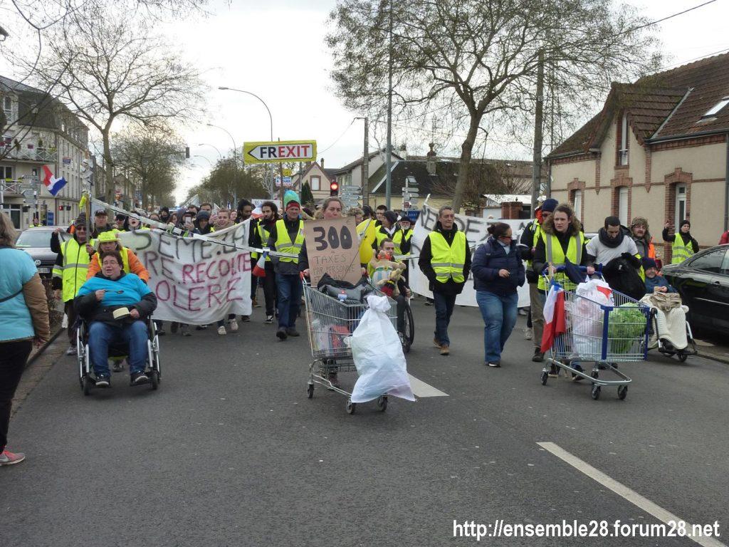 Chartres 12-01-2019 Manifestation Gilets-Jaunes 03
