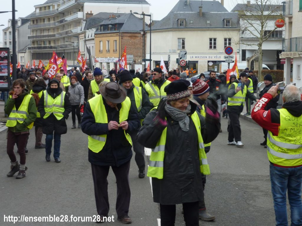 Chartres 05-02-2019 Manifestation CGT Gilets-Jaunes 03