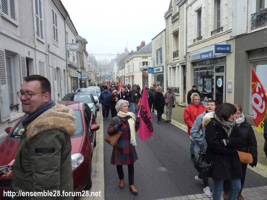 Châteaudun 05-12-2019 Manifestation Retraites 07