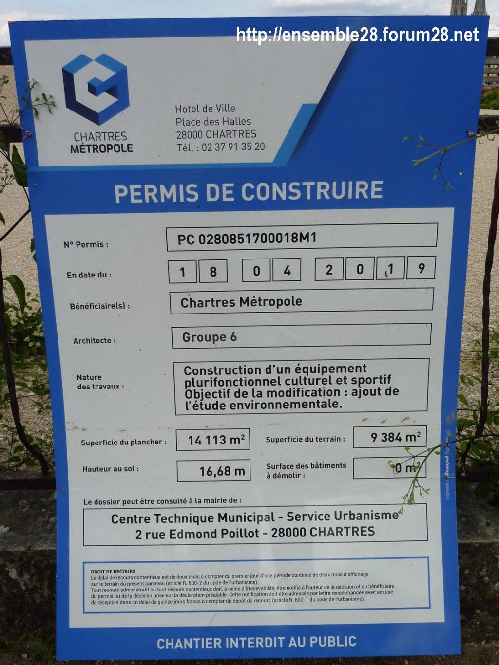 Chartres équipement plurifonctionnel, culturel et sportif Plaque de chantier