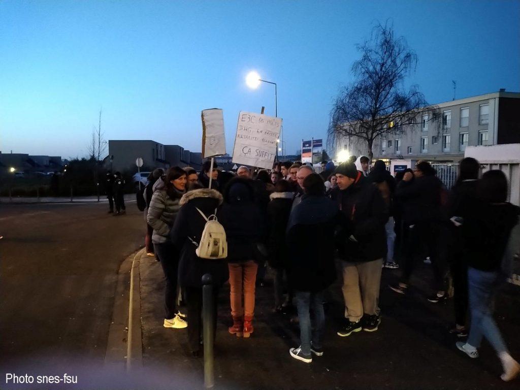 Chartres 20-01-2020 Lycée Jehan-de-Beauce Rassemblement contre le Bac Blanquer E3C