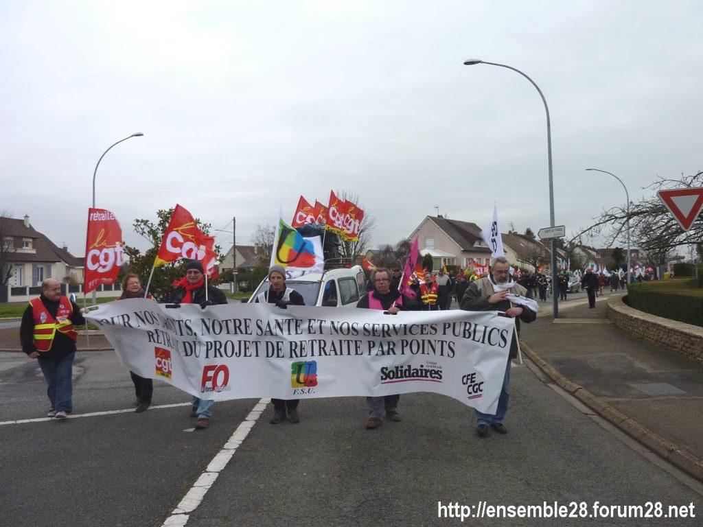 Chartres 14-01-2020 Manifestation Retraites Rond-point MEDEF 09
