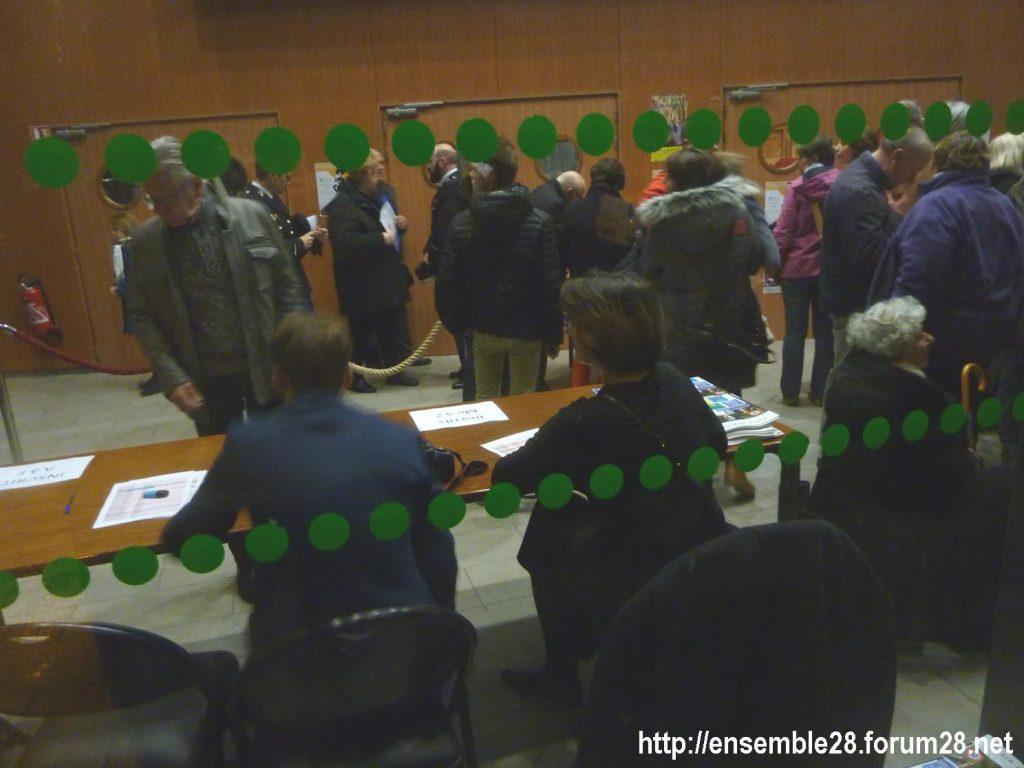Luisant 09-01-2020 Voeux LREM Kasbarian Manifestants Retraites 01