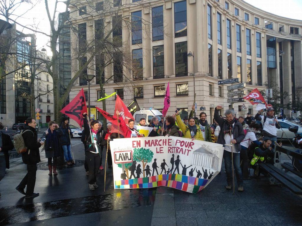 Marche 53 Paris Montparnasse Place de Catalogne