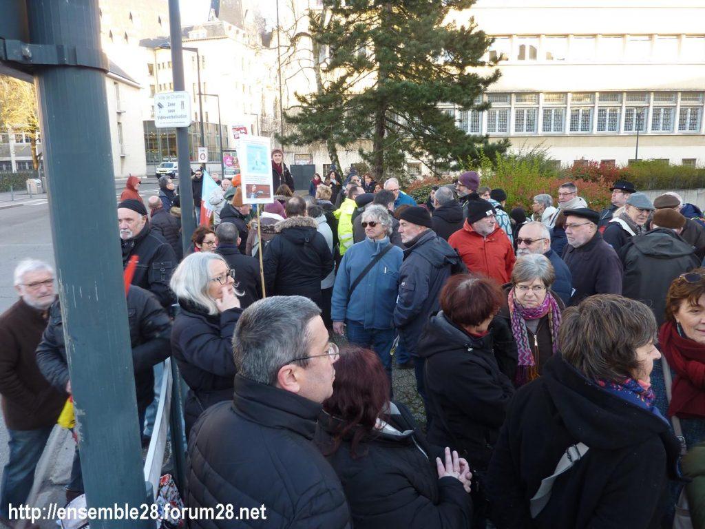 Chartres 03-03-2020 Rassemblement 49.3 Retraites 3