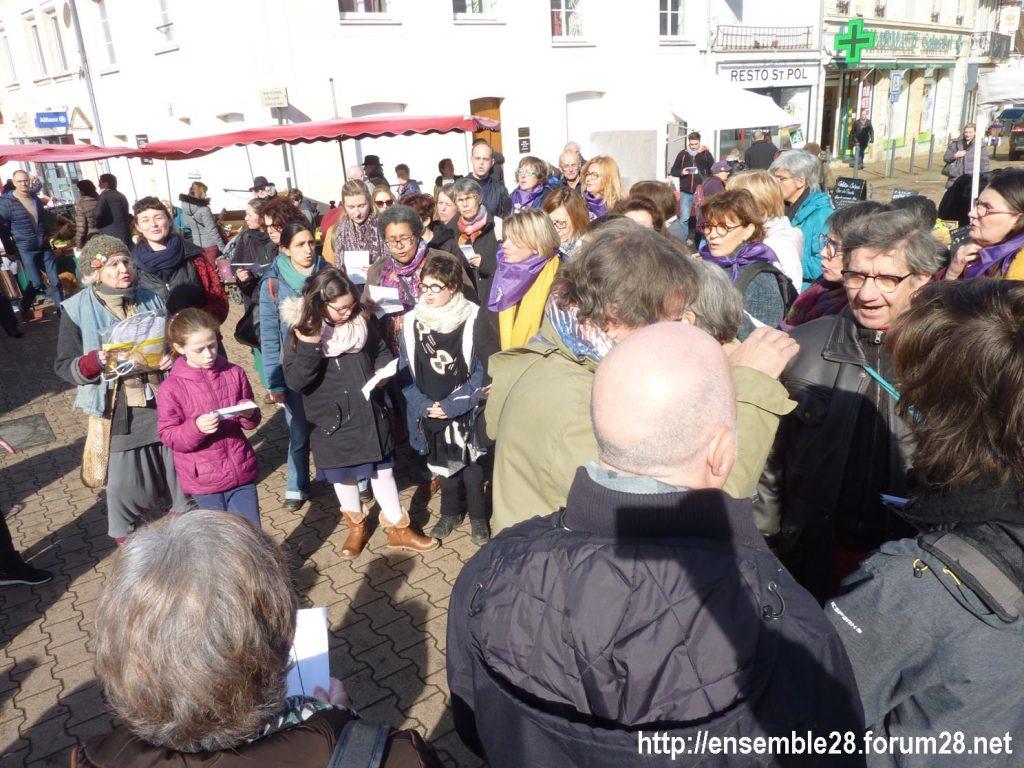 Nogent-le-Rotrou Marché Hymne des femmes [07-03-2020] 02