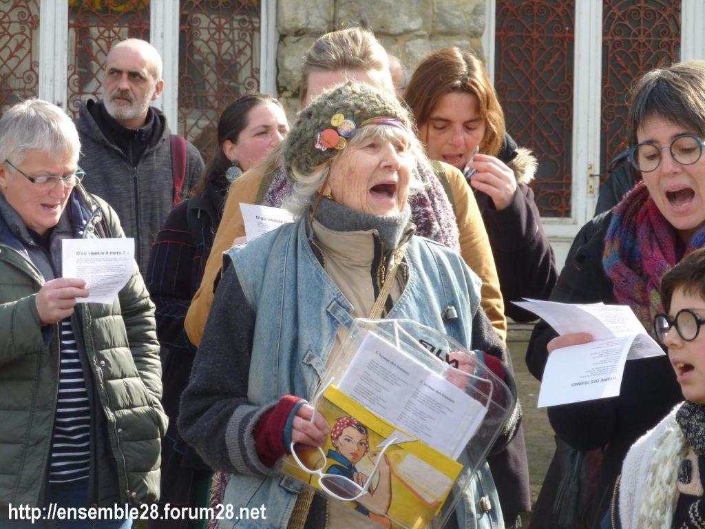 Nogent-le-Rotrou Marché Hymne des femmes [07-03-2020] 08