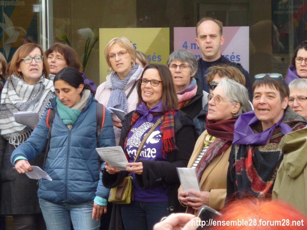Nogent-le-Rotrou Marché Hymne des femmes [07-03-2020] 09