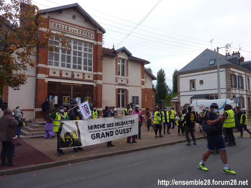 2020-10-12 Marche Sans-Papiers Nogent-le-Rotrou Photo 11